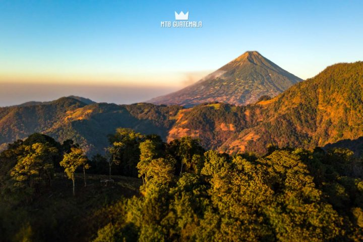 Sunrise over Volcán de Agua from Cerro Cucurucho. Parque Corazón de Agua Sacatepéquez, Guatemala