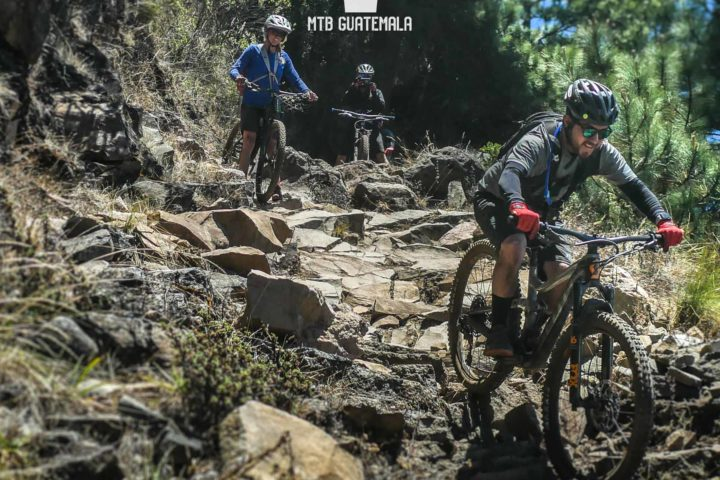 Mountain Biking La Infinita